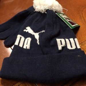 NWT puma hat and glove set